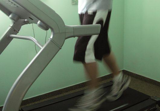 Kardioraum mit Laufband
